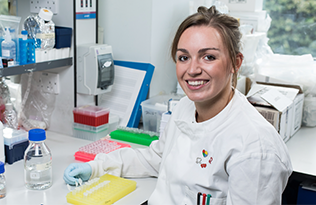 Emma Agnew in her lab