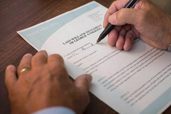 Signing a will