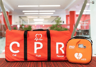 cpr kit and defibrillator