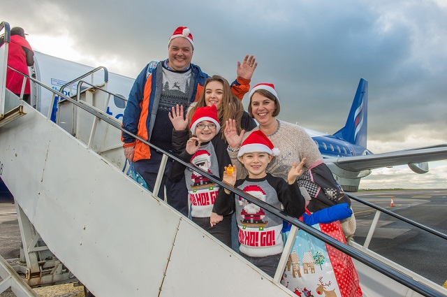 Morris Family about to board BHF & Airbus' Santa's flight