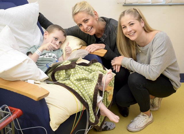 Ulrika Jonsson visits hospital for the BHF