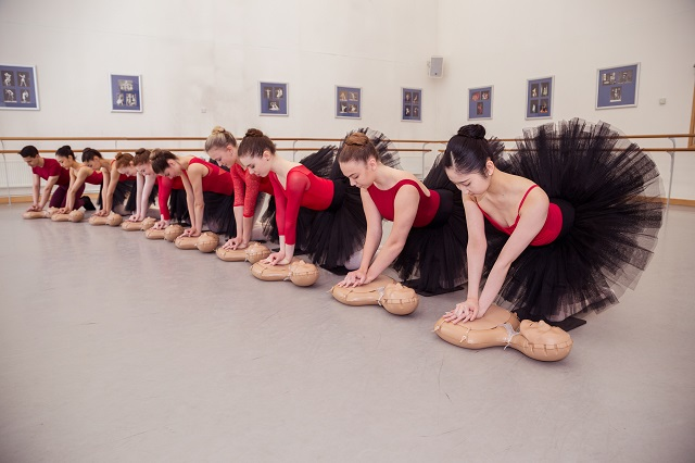 ballet students learn CPR