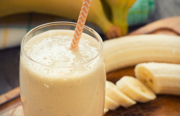 banana smoothie in glass